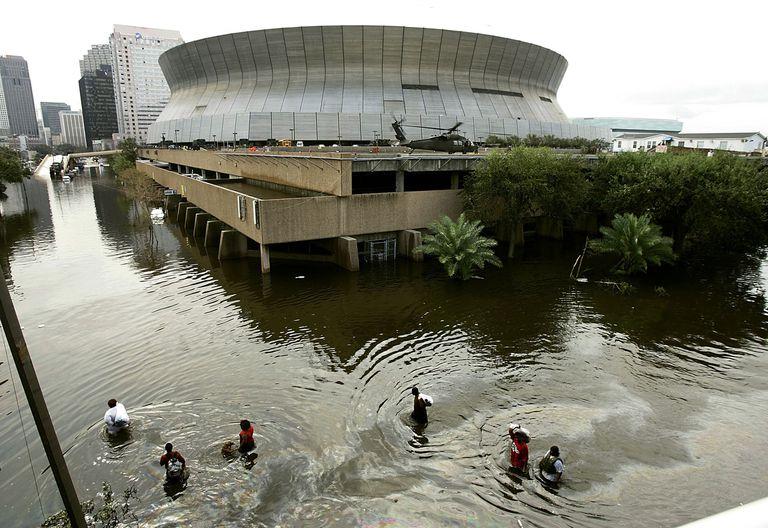 Hurricane Katrina New Orleans Superdome flooding