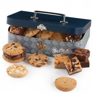 Father's Day lunchbox with cookies