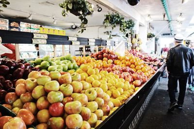 Grocery store display of apples