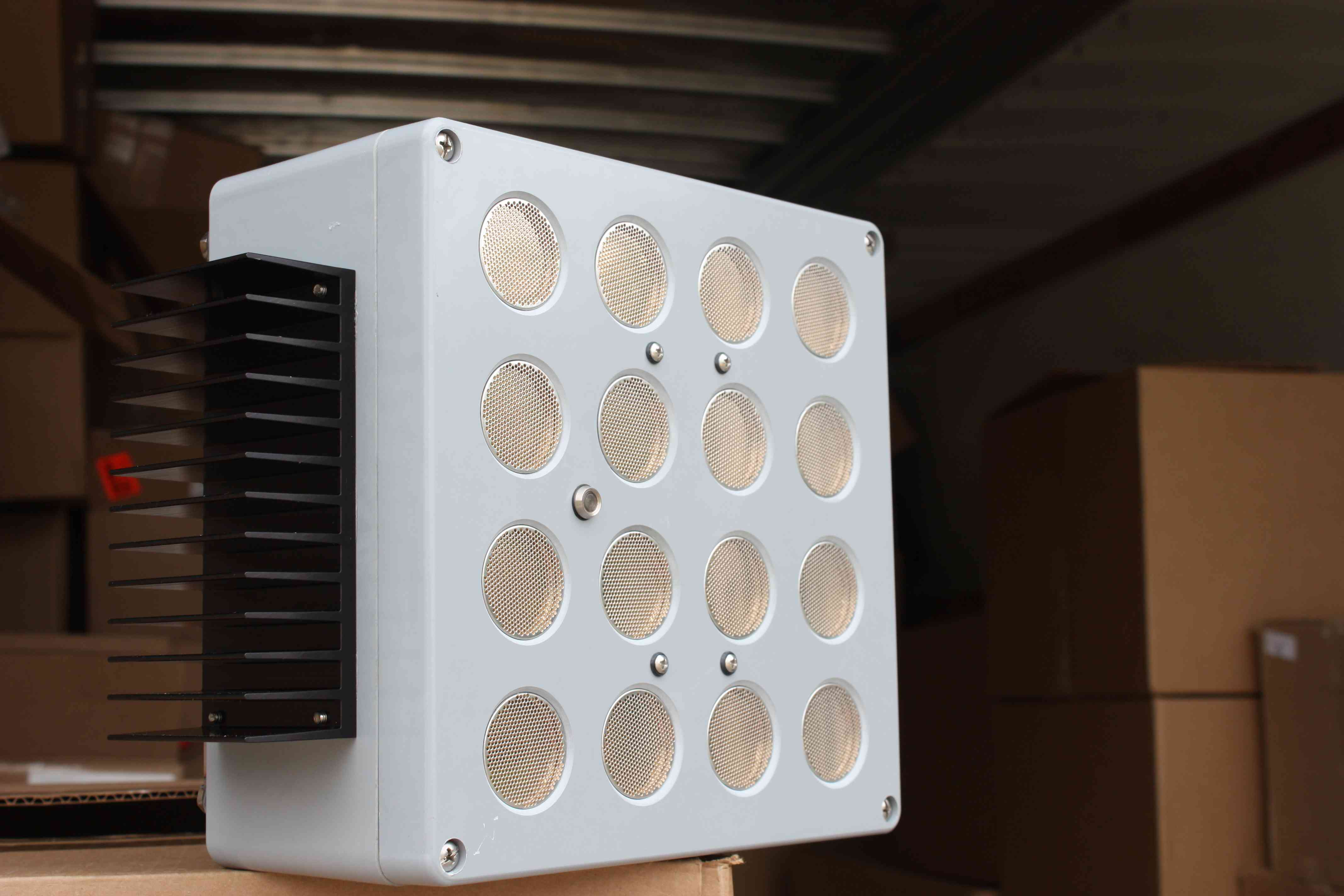 ultrasonic 'boom box' for protecting bats from wind turbines