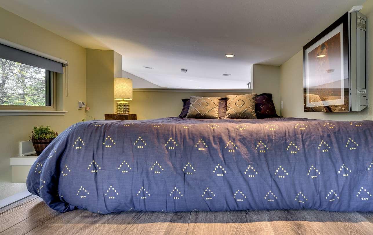 Bed in the sleeping loft