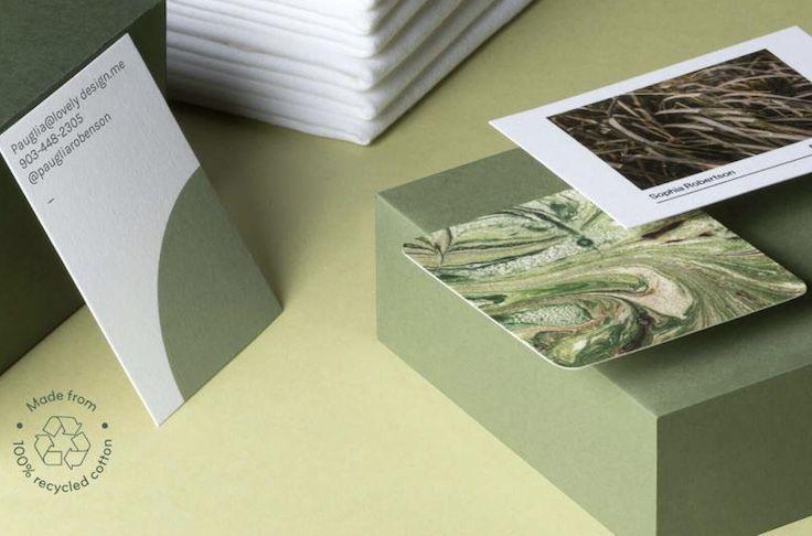 Las tarjetas de visita están hechas con restos de camisetas de algodón