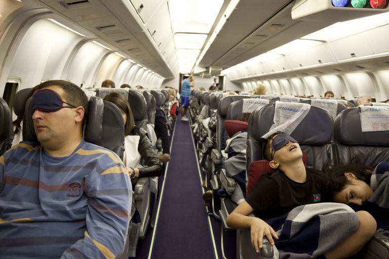 Cómo dormir bien cuando viaja