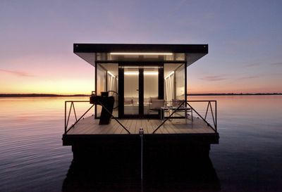 Loungeboat by Tanja Wunderlich-Finckh and Chris Finckh exterior