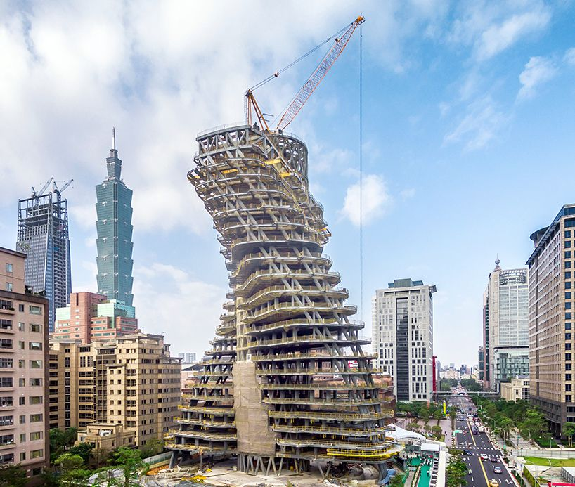 Photo of construction on Tao Zhu Yin Yuan, a sustainable apartment tower in Taipei