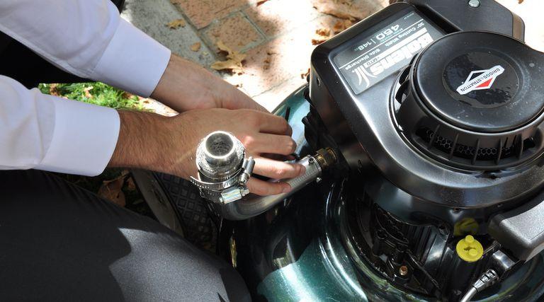 Dispositivo elimina el 93 por ciento de la contaminación del cortacésped