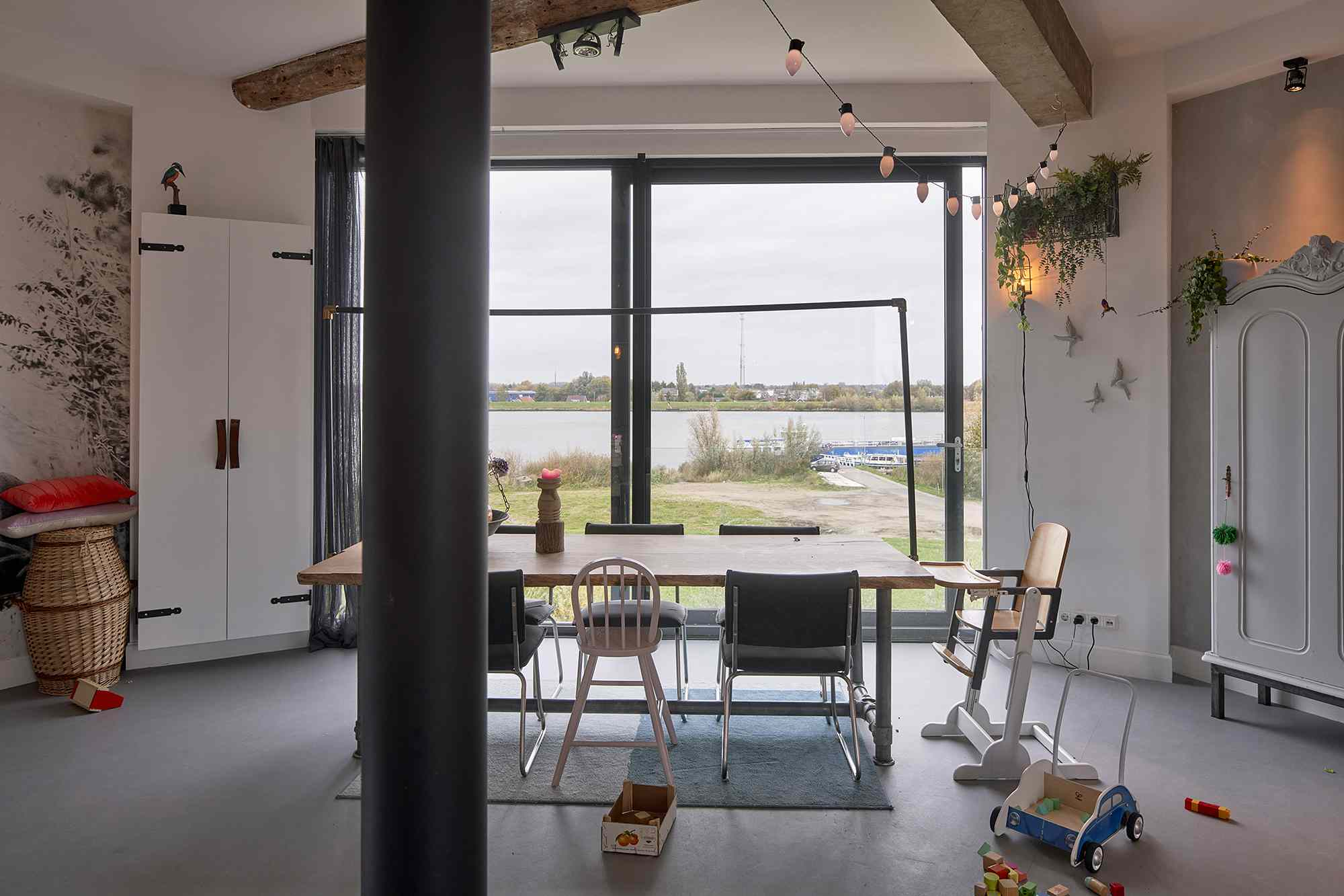 Dutch Water Tower family home RVArchitecture dining area