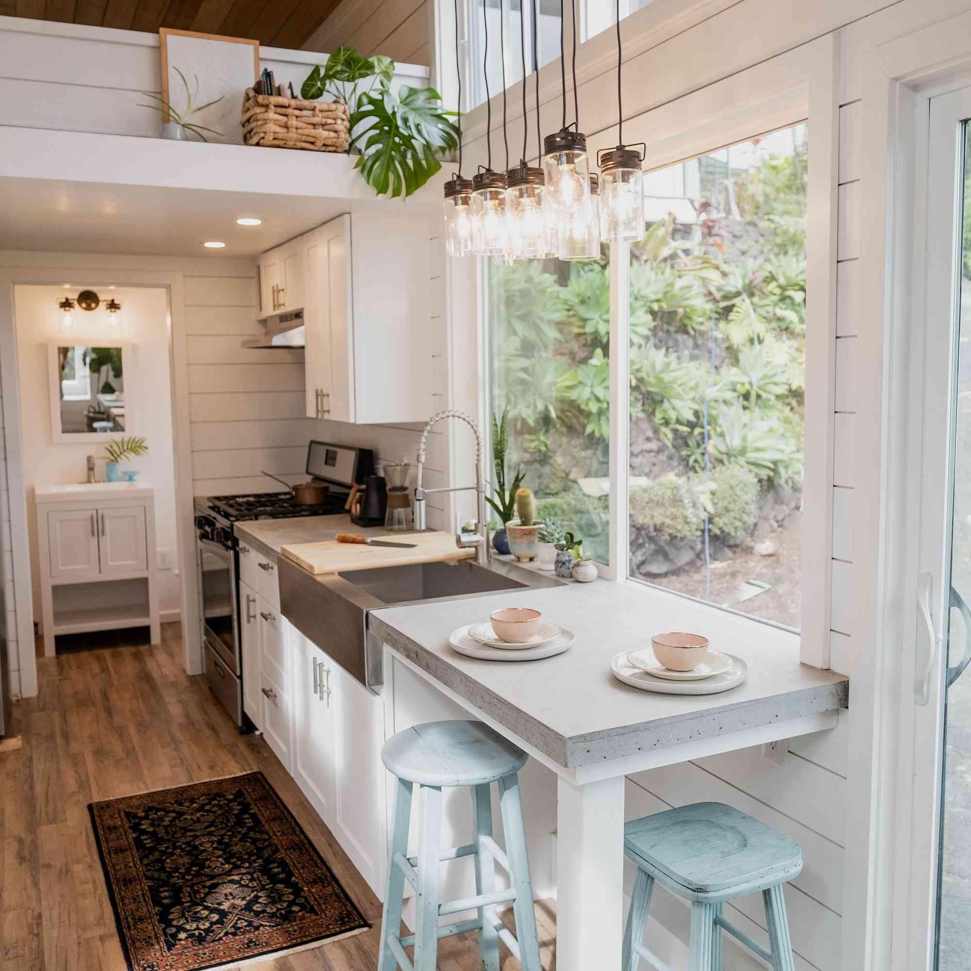tiny house hawaii Taylor and Michaella McClendon kitchen