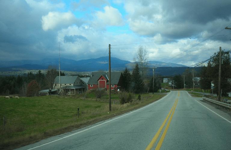 Por qué un pueblo de Vermont está deshaciendo las carreteras en lugar de reparar los baches