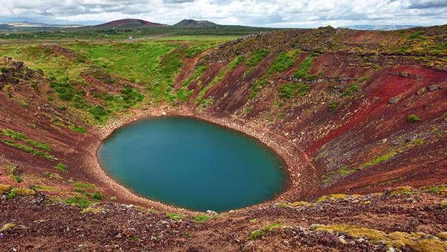 15 de los lagos de cráteres más impresionantes de la Tierra