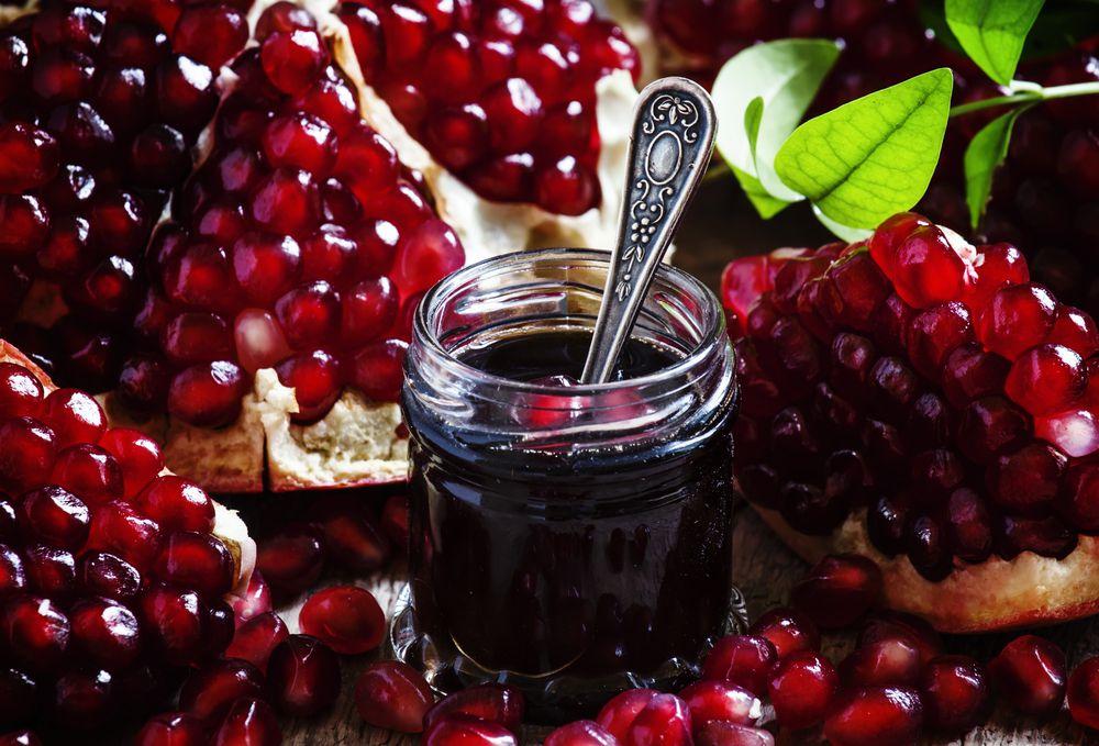 Pomegranate relish