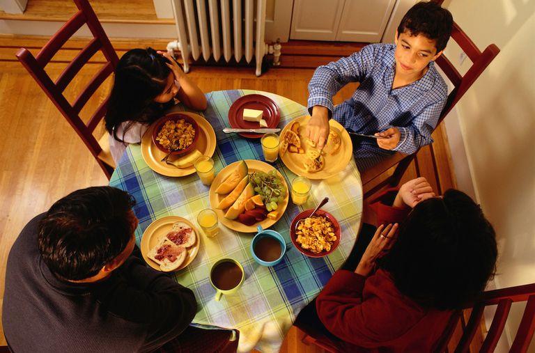 ¿Qué hace que una cena familiar sea exitosa?