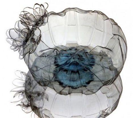 Tazones ingeniosos con forma de medusa de botellas de plástico PET recicladas (Fotos)