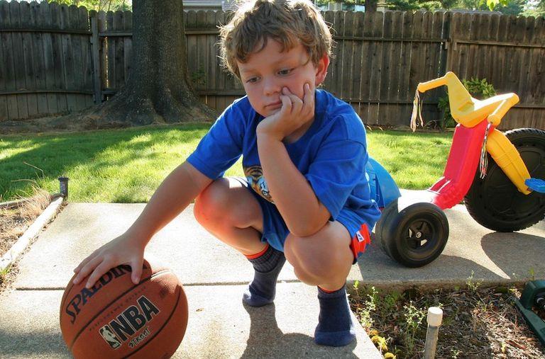 ¿Por qué los niños están tan aburridos, impacientes y frágiles en estos días?