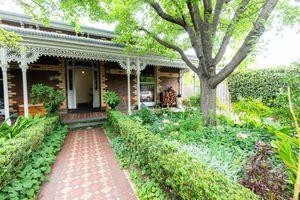 front yard garden in Melbourne, Australia
