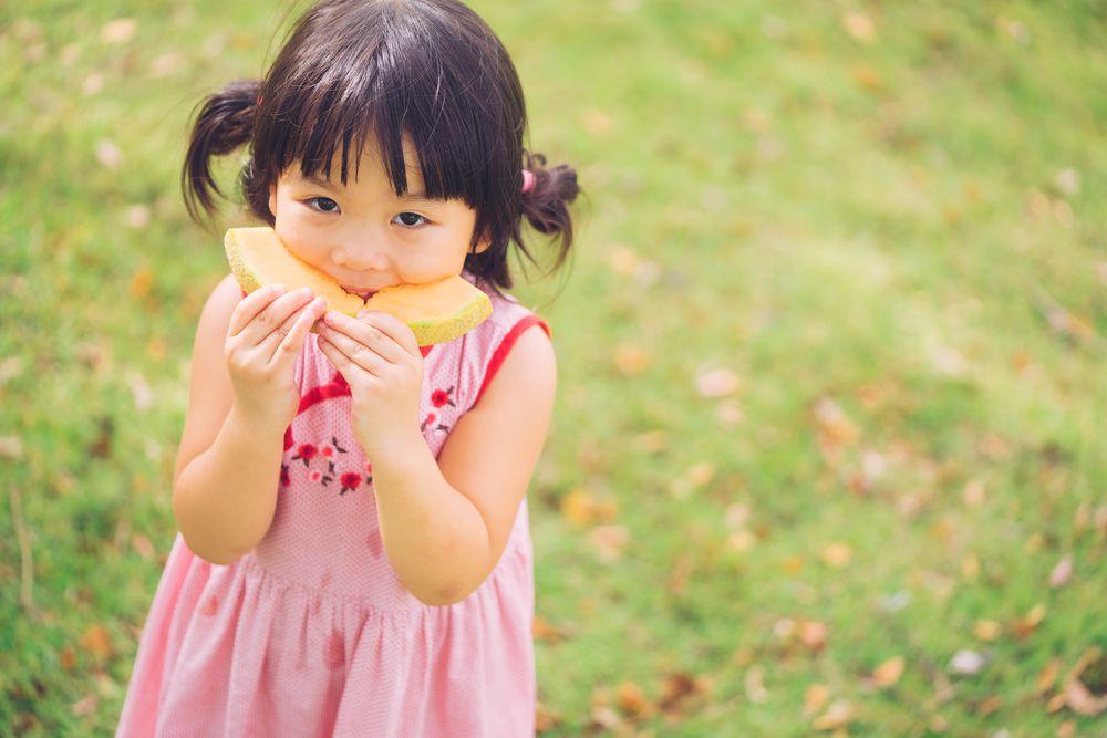 little girl, cantaloupe