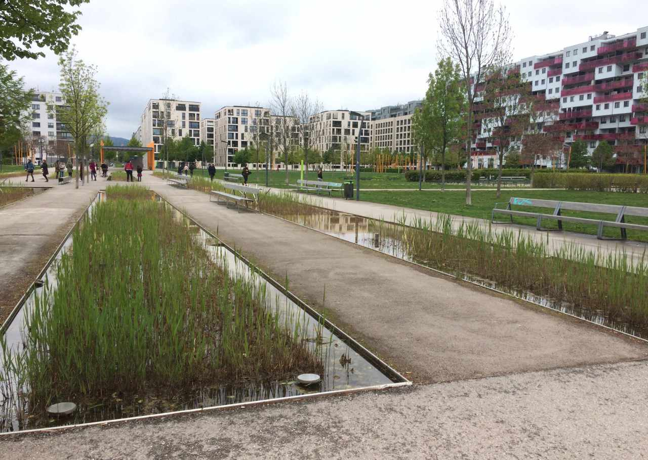 Social housing with green space