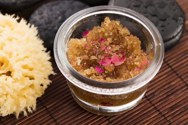 8 Homemade Salt And Sugar Body Scrubs