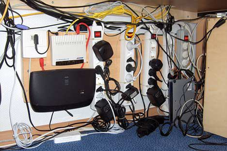 power cord overload photo