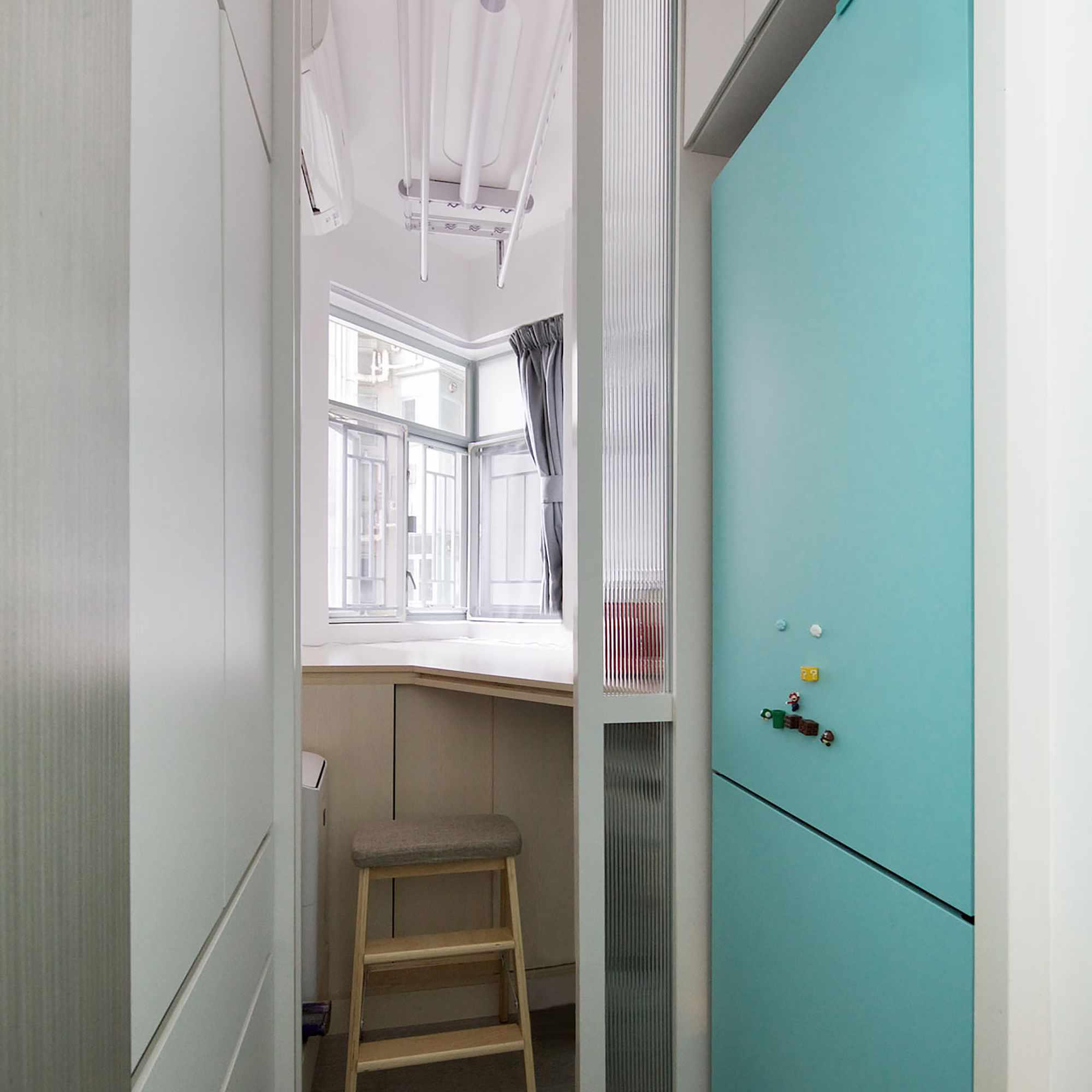 Smart Zendo micro-apartment by Sim-Plex Design Studio maid's room