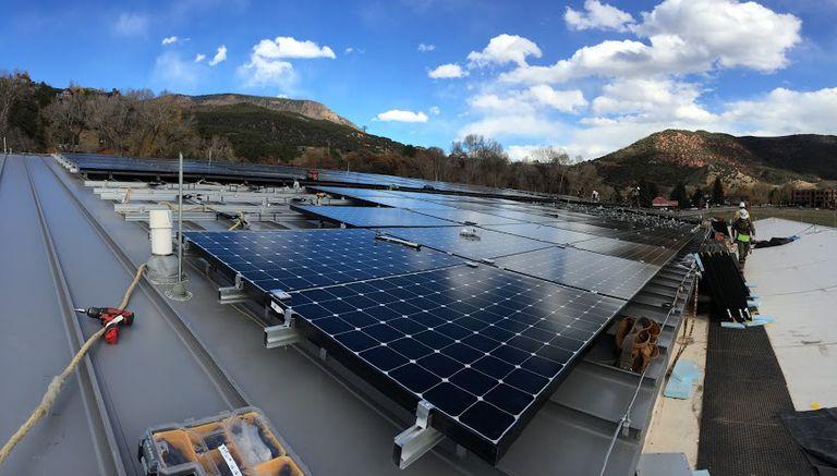 CollectiveSun ayuda a las organizaciones sin fines de lucro a pasar a la energía solar y con un 15% de descuento
