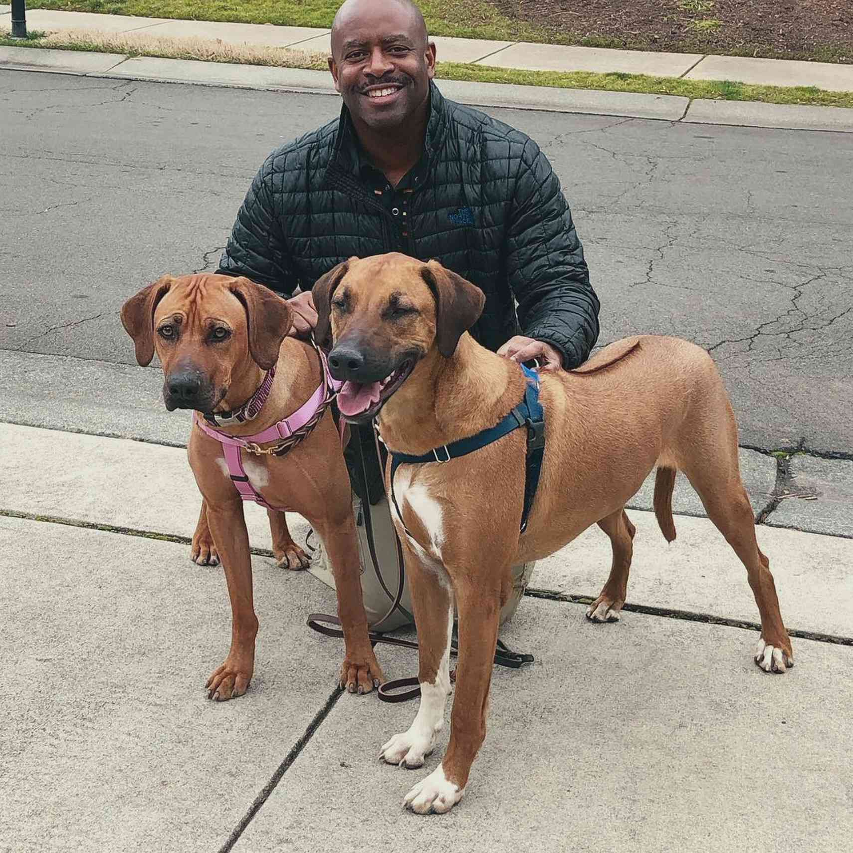 Leland Melvin with Roux and Zorro