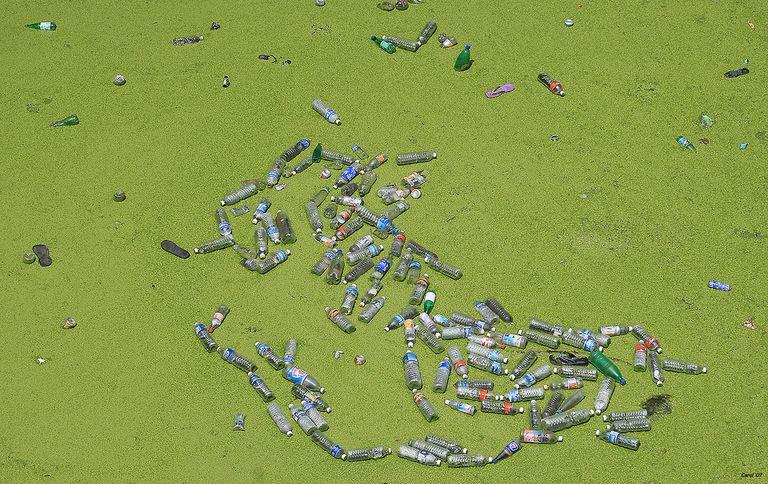 Narendra Modi: India prohibirá el plástico de un solo uso para 2022