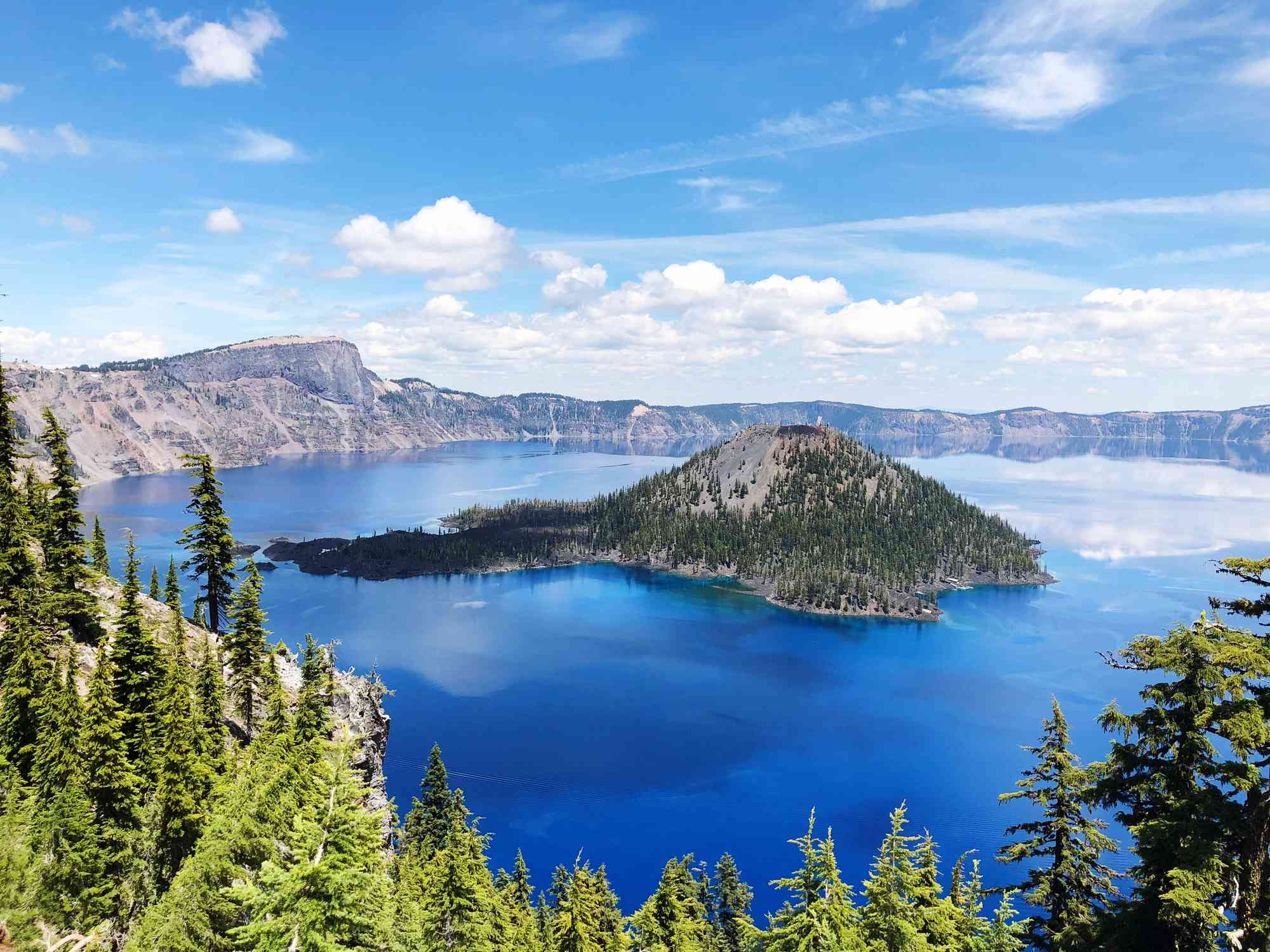 An aerial view of Oregon's crater lake.