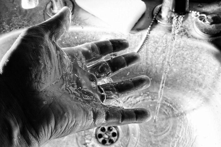La EPA no quiere que los estadounidenses sepan cuán peligrosos son los productos químicos de teflón