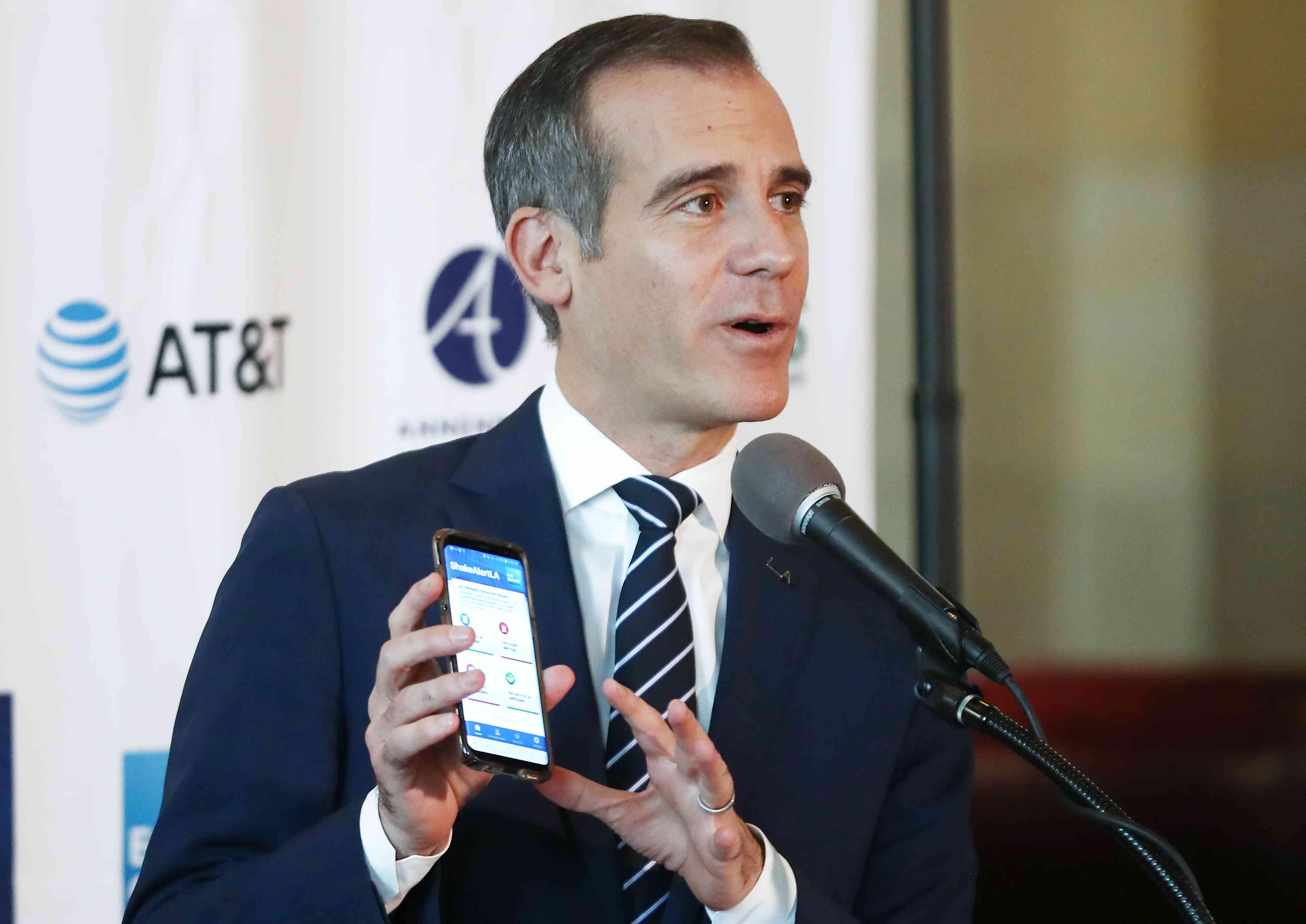 LA Mayor Eric Garcetti unveils ShakeAlertLA app