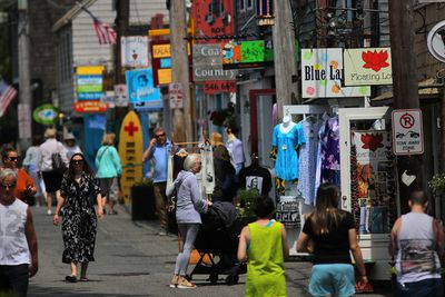 Shoppers return to Rockport MA