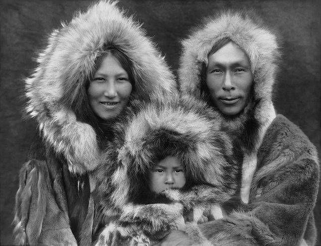eskimo-family